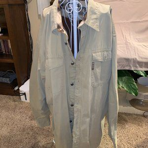 Columbia lined front button shirt jacket.  XXL